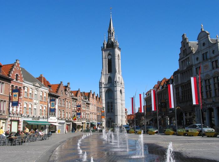 0_Beffroi_de_Tournai_27451653